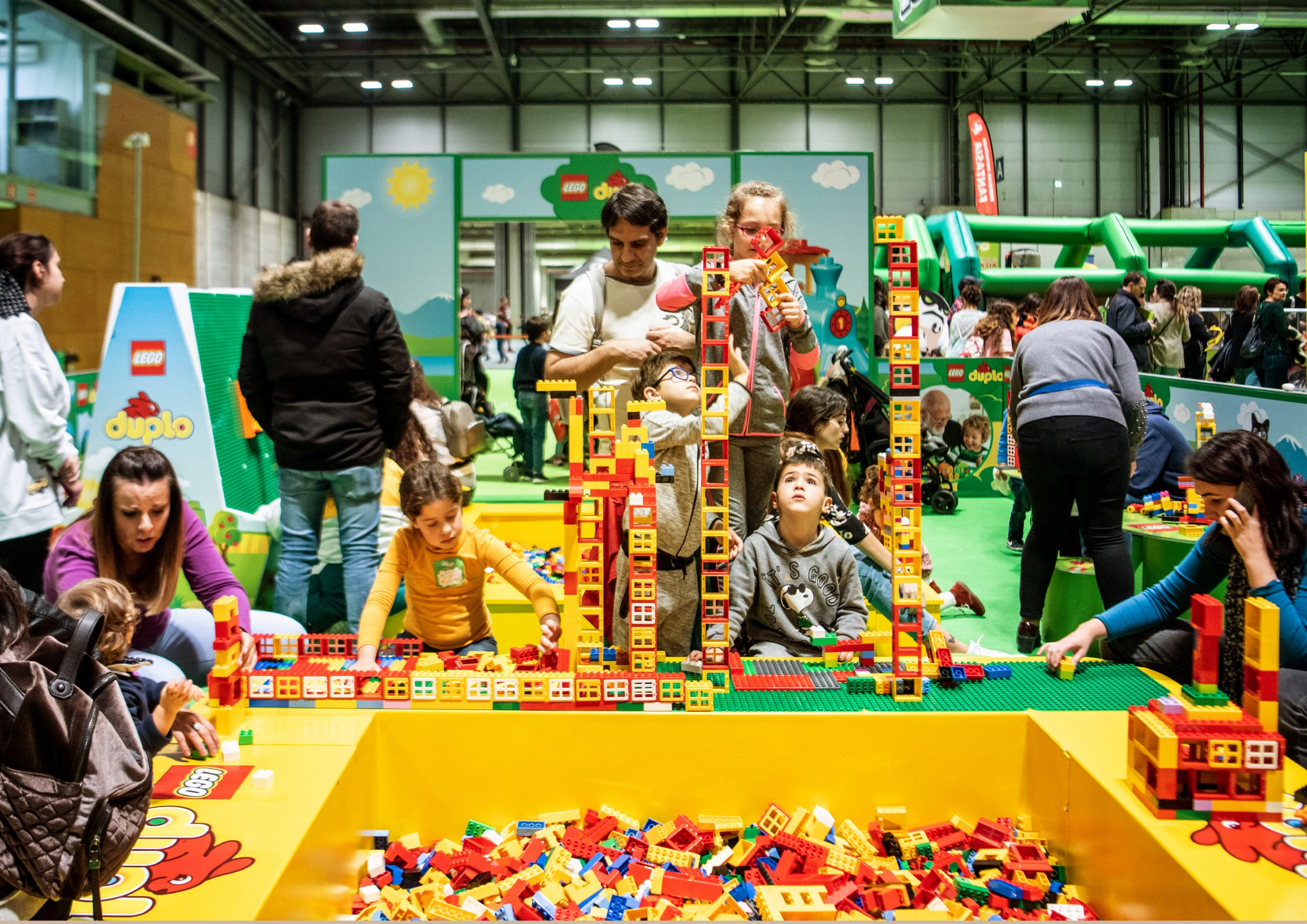 LEGO® REBUILD THE WORLD – LEGO®
